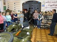 Волонтеры на экскурсии в музее Центра